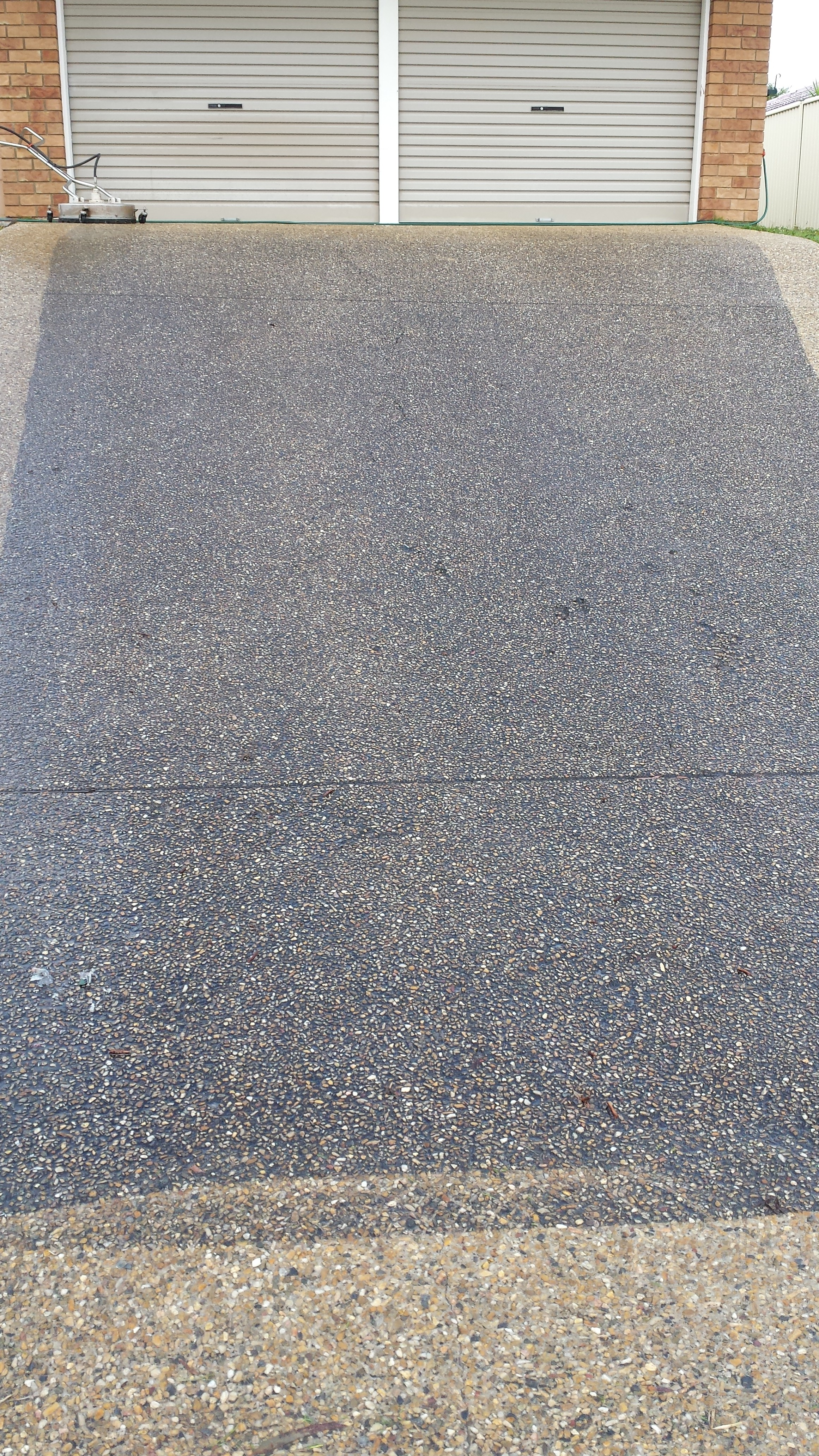 Home driveway cleaning services
